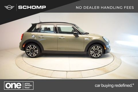 New 2019 MINI Hardtop 4 Door Cooper S Signature